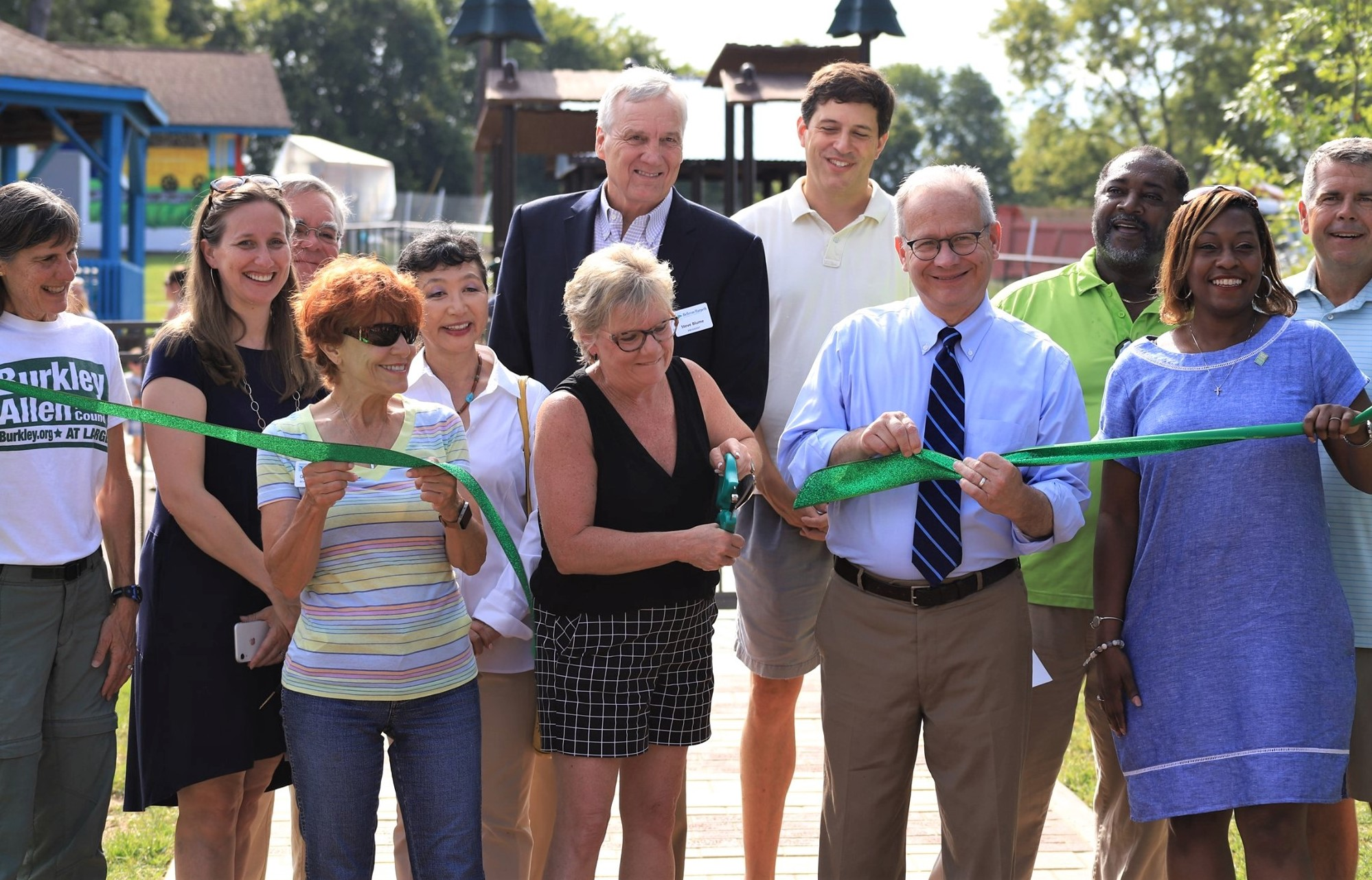 Mayor, community leaders, volunteers on hand for park dedication