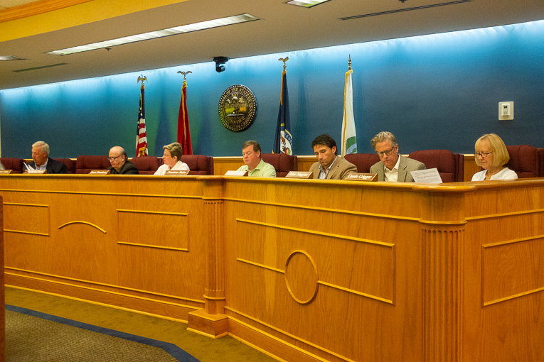 Brentwood Planning Commission approves agenda items in fast meeting