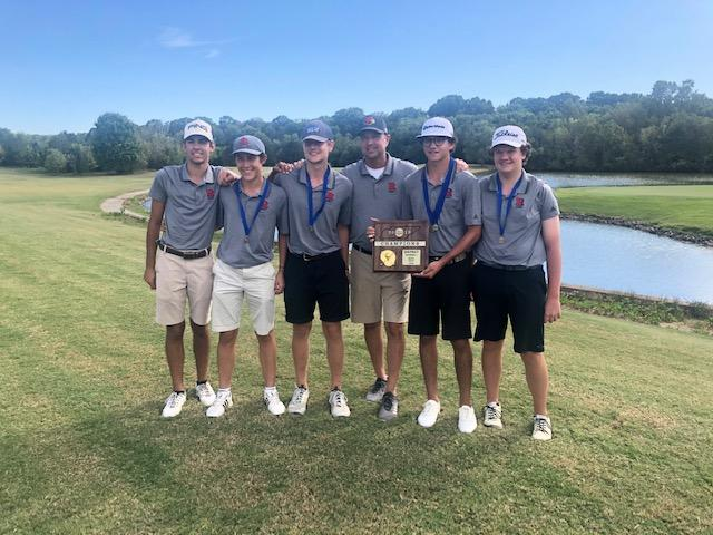 Ravenwood golf wins district, Brentwood, Franklin places second, third