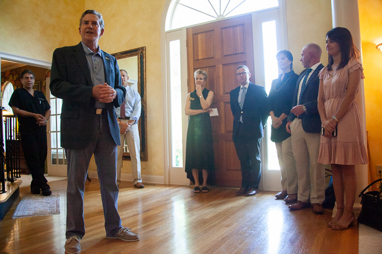 Former Senator Jim DeMint and Congressman Scott Perry meet conservatives in Brentwood