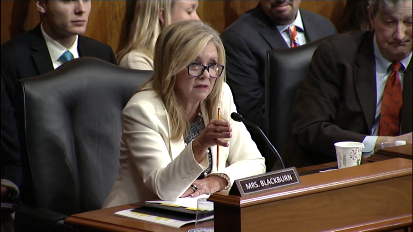 Senator Marsha Blackburn advocates for social media apps rating system to curb exploitation of juveniles