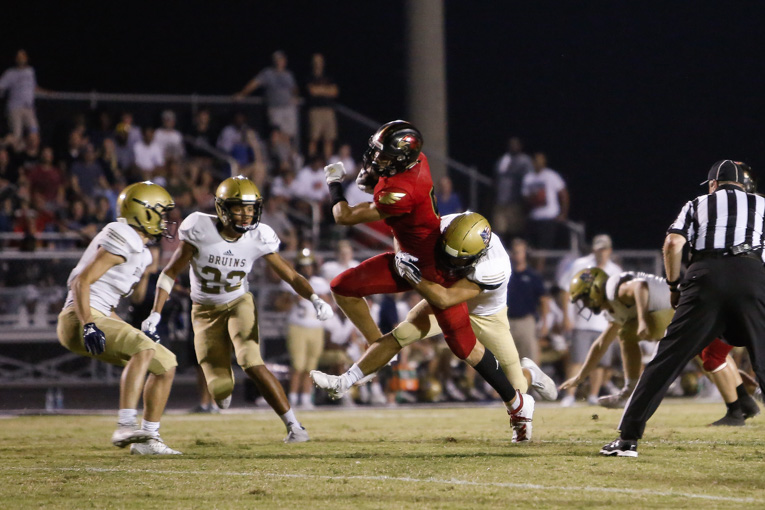 Turnover sends Ravenwood to late surge against unorthodox Pulaski Academy