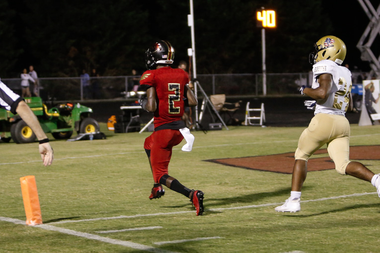 CITY CAFE PLAYER OF THE WEEK: Ravenwood WR Andrew Mason