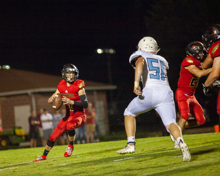 Ravenwood football wallops Centennial in season opener