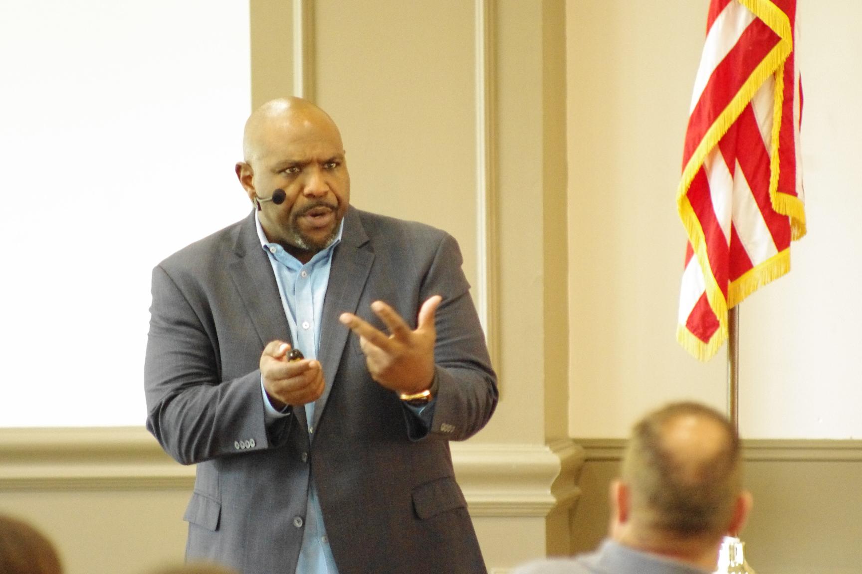 Chris Hogan of Dave Ramsey fame speaks on leadership in Spring Hill
