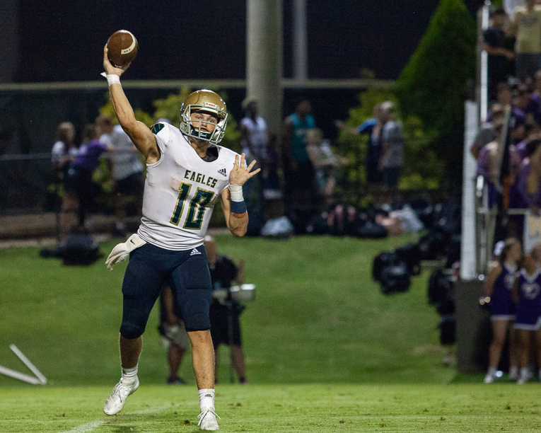 FOOTBALL ROUNDUP: Indy, Lipscomb, Centennial, FRA all victorious, Brentwood falls