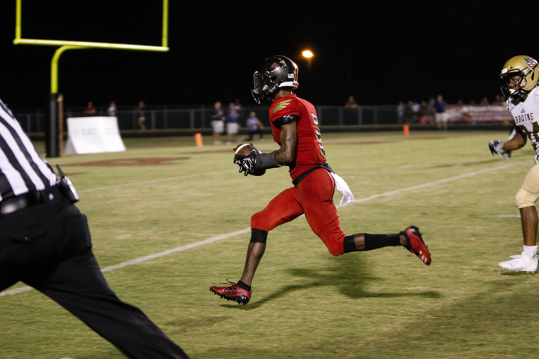 Ravenwood's Andrew Mason makes football state history in eight-touchdown game